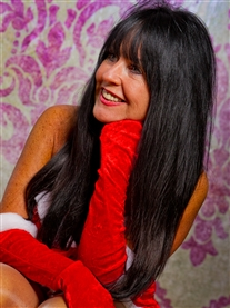 Donna Africa Cheeky Christmas Photo Shoot Dec 2011 Prof. Photographer Lee Blanchflower Dec 2011