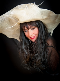 Donna Africa fab after fifty Hat Shoot Photogtapher John Miller Nov 2013